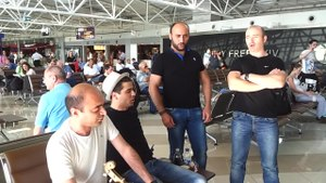 Файл:Georgian quartet performing Georgian folk song at the Boryspil International Airport, Ukraine.webm