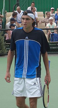 Simon at the 2006 Australian Open.