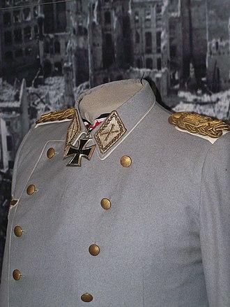Highest military ranks - Göring's uniform