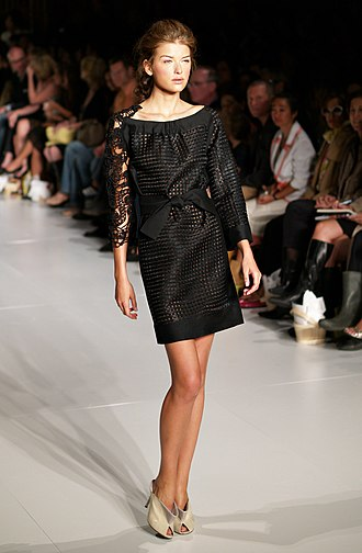 Fashion week - Nataliya Gotsiy modeling for Cynthia Rowley, Spring 2007 New York Fashion Week