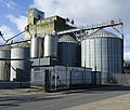 Grain silos, Goole - geograph.org.uk - 1777608.jpg