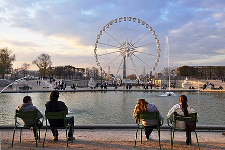 Large octagonal basin in the Jardin des Tuileries, Paris