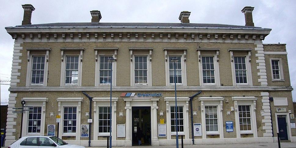 Greenwich railway station (crop)