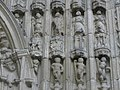 Guingamp (22) Basilique N.D. Portail occidental 03.JPG