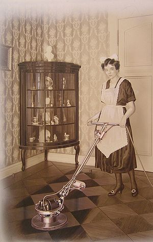 Floor buffer - Image: HAWIG Bohnermaschine Victor von 1912