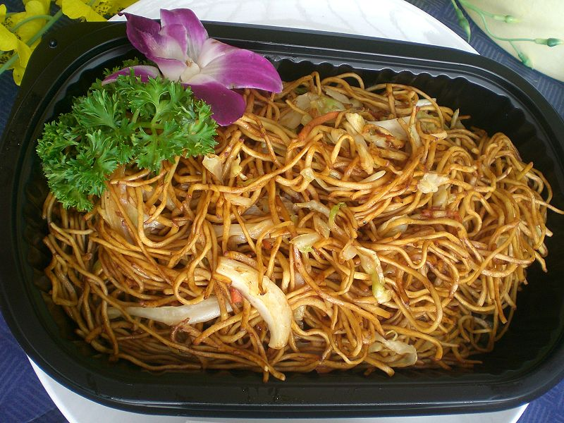 File:HK Arena Sunday AsiaWorld Expo Food Soy Sauce Fried Noodles 豉油皇炒麵.JPG