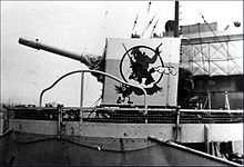 220px-HMCS_Calgary_gun_shield_badge_WWII