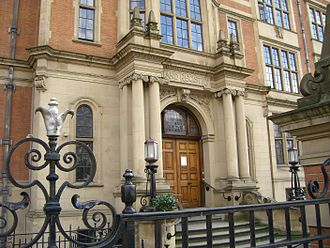 Registered land in English law - The old headquarters of HM Land Registry, 32 Lincoln's Inn Fields from 1913 to 2011, now the LSE's Department of Economics.