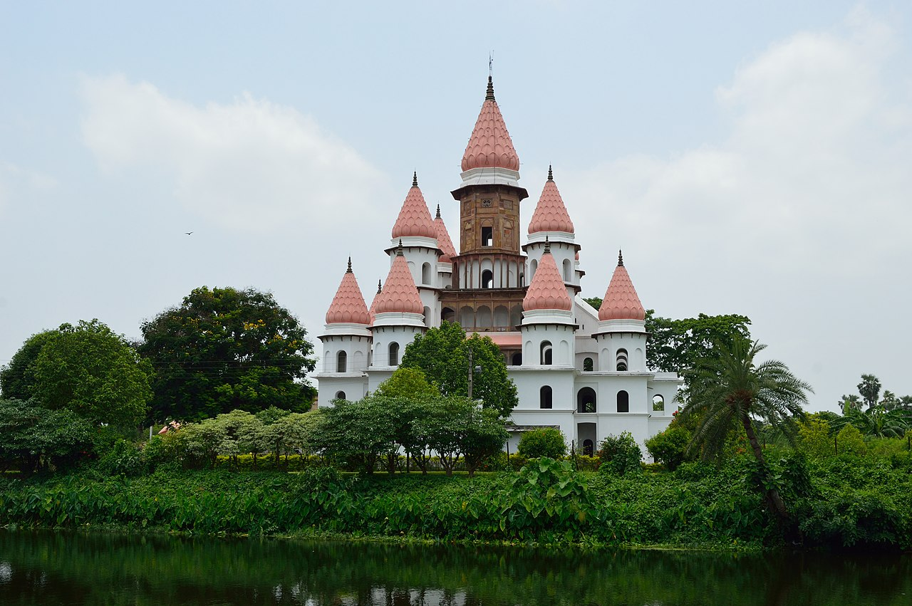 Hanseswari Mandir - East View - Bansberia Royal Estate - Hooghly - 2013-05-19 7547.JPG
