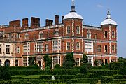 Hatfield House - July 2013 (9225083678).jpg