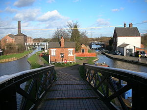 Hawkesbury Junction - The engine house and Coventry Canal on the left, with the Oxford Canal on the right