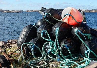 Heavy-duty buoys.jpg