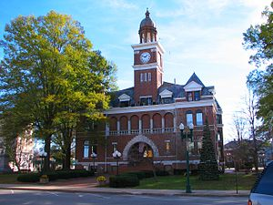 Henry County, Tennessee - Image: Henry County Tennessee Courthouse 24nov 05