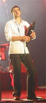 Hevia on stage at Lorient, Brittany in 2003