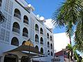 Holland House Beach Hotel (6545959431).jpg