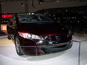 Honda FCX Clarity - Flickr - Alan D (1).jpg