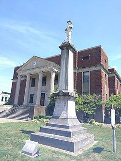 Hopkins County Courthouse statue jeh.jpg