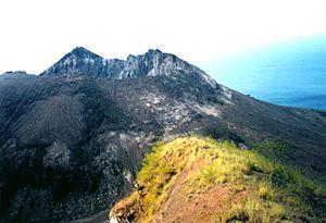 Iliwerung - Image: Iliwerung lava dome