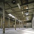 Interieur, overzicht van een ruimte in de fabriekshal - Maastricht - 20385991 - RCE.jpg