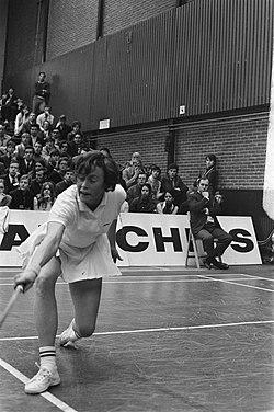 Internationale badmintonwedstrijden in Duinwijckhal Haarlem Spelmoment, Bestanddeelnr 923-2558.jpg