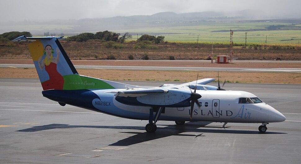 Island Air DHC-8-103 OGG N829EX