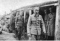 Józef Piłsudski w okopach 1 pułku piechoty Legionów Polskich (22-152).jpg
