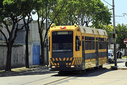 PreMetro line E2 is a tram network that has operated in Buenos Aires since 1987. J31 441 Hp Presidente Illia, ET 13.jpg