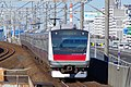JR京葉線 舞浜駅にて Maihama sta. 2015.1.03 - panoramio.jpg