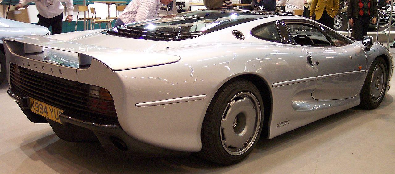 1280px-Jaguar_XJ220_hr_silver_TCE.jpg