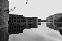 Jatiyo Sangshad Bhaban Lake (01).jpg