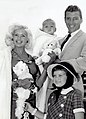 Jayne Mansfield, Mickey Hargitay and children 1959.jpg