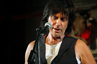 Jeff Beck - Beck at the 2009 MOJO Awards