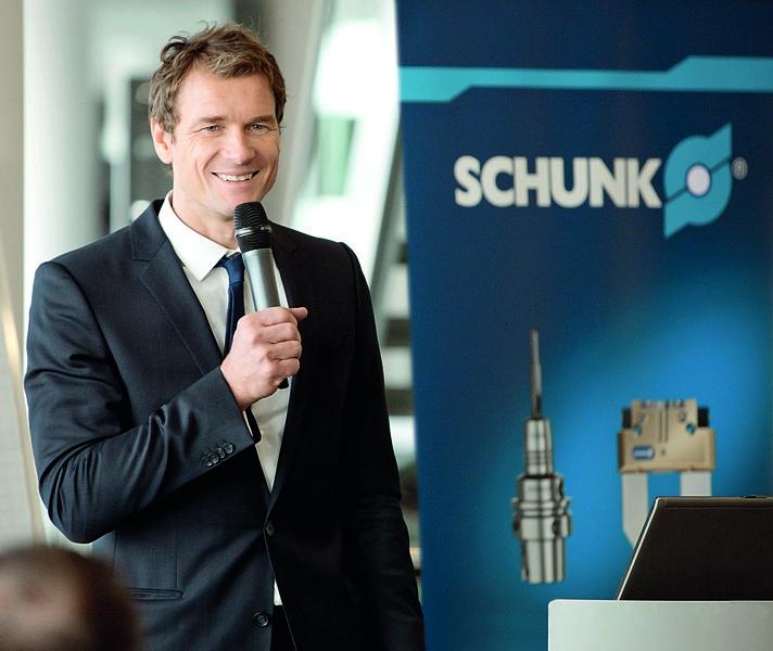 File:Jens Lehmann als Markenbotschafter Testimonial von SCHUNK.jpg