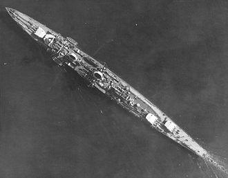 German cruiser Karlsruhe - Overhead photo of Karlsruhe showing the offset arrangement of the rear main guns