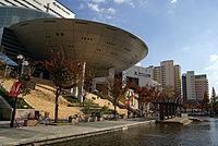 Kobe fashion museum03bs3200.jpg