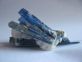 Silicate minerals - Kyanite crystals (unknown scale)