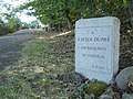 Lápida homenaje a Xavier Dupré en Tusculum.jpg