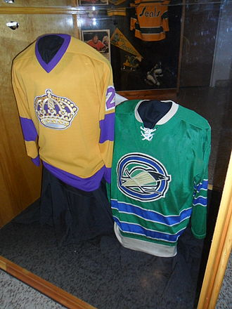1967 NHL expansion - The jerseys worn by the Los Angeles Kings (left) and California Seals upon entering the NHL in 1967