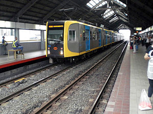 Manila Light Rail Transit System Line 1 - At Blumentritt station