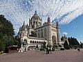 La Basilica di Santa Teresa di Lisieux - panoramio.jpg