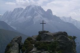 View of the cross of Loriaz on the heights of Vallorcine