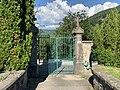 La grille côté rue du cimetière de Saint-Rambert-en-Bugey.jpg