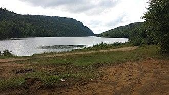 Grandes-Piles, Quebec - Image: Lac Roberge Grandes Piles 2014 08 17 (3)