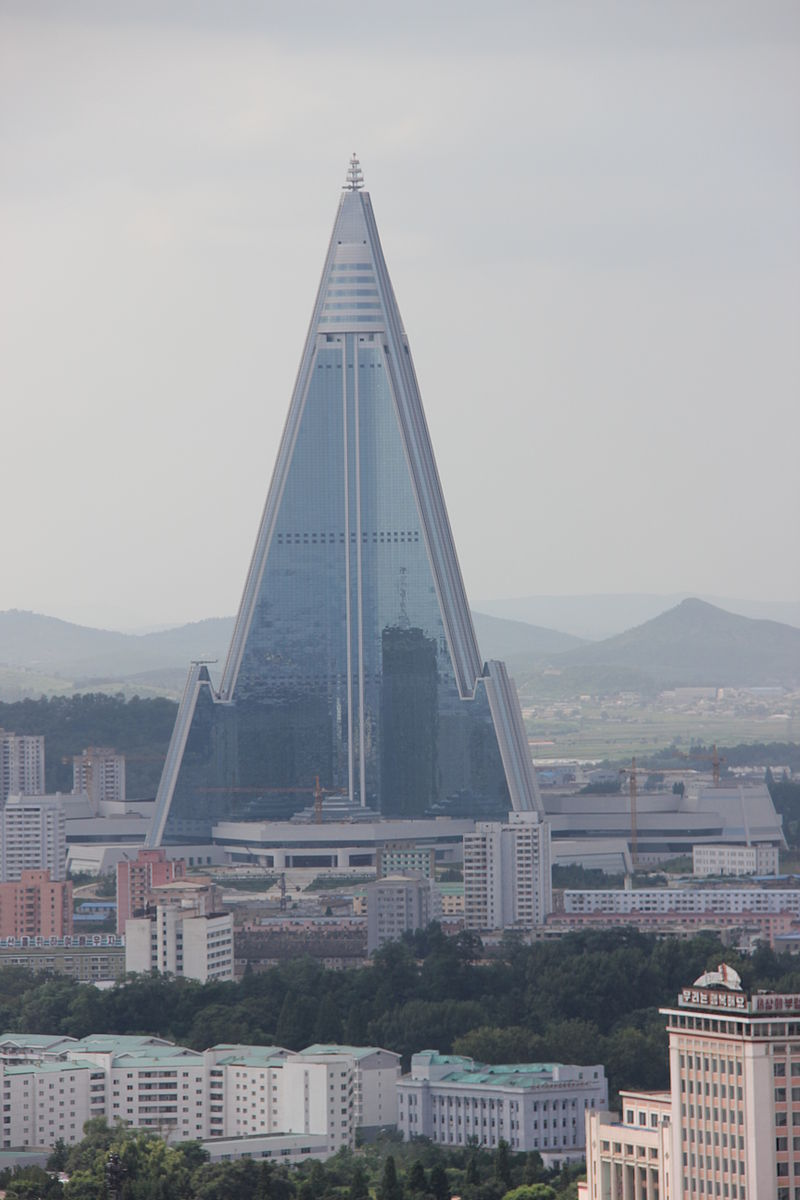 Laika ac Ryugyong Hotel (7975203092).jpg