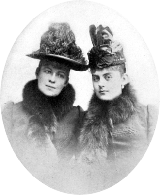 Countess Marie Larisch von Moennich - Countess Marie Larisch (L) and Baroness Mary Vetsera (R)