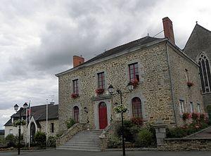 Le Pertre - The town hall of Le Pertre