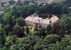 Lengyel - Image: Lengyel 1