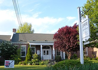 Chatham, New Jersey - Library building on Main Street in Chatham Borough