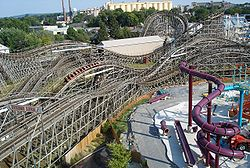Lightning Racer at Hersheypark outtrack.jpg