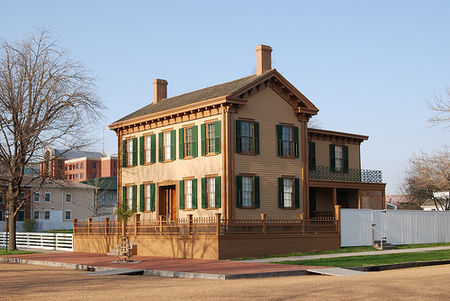 Lincoln home springfield.jpg
